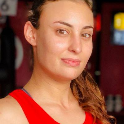 Rachel GelfeldLa Gata