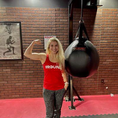 Micaela Tarantola GunShow